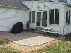 Small Backyard Patio Pavers